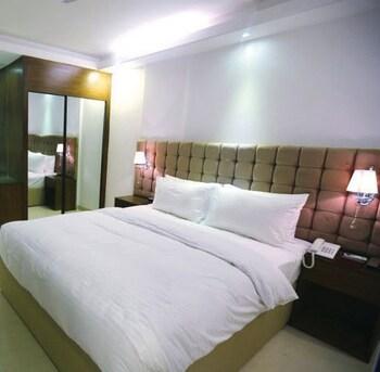 Blossom Hotel & Spa Dhaka