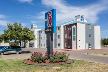 Motel 6 Roswell