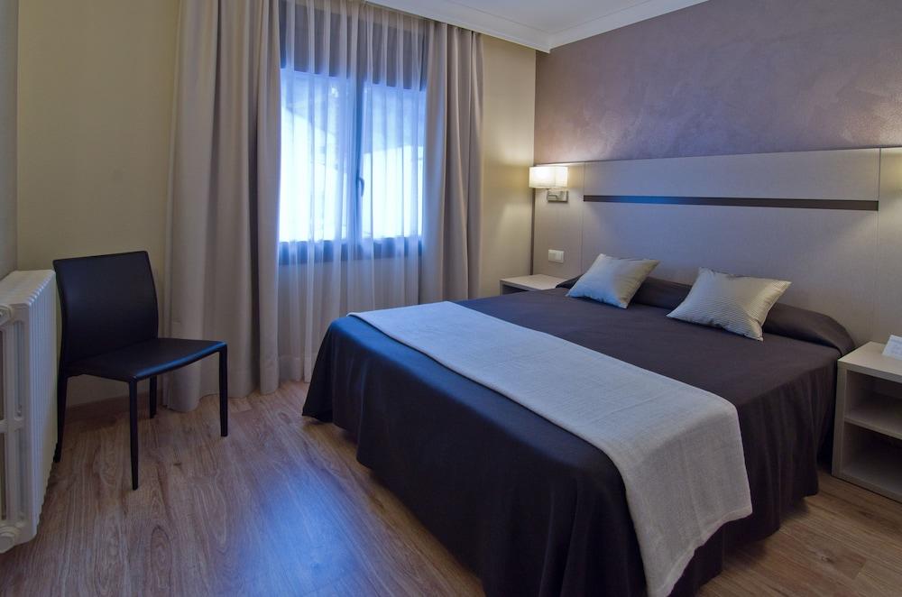 Hotel & Apartahotel SERHS Cosmos + Forfait en Grandvalira