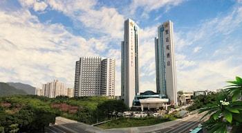 The Pavilion Century Tower