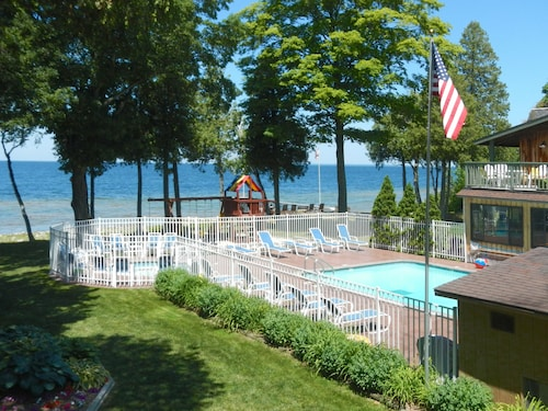 See All Hotels Near Egg Harbor The Shallows Resort