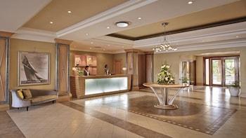 Le Suffren Hotel & Marina