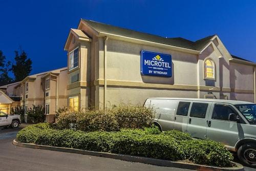 Microtel Inn Suites By Wyndham Auburn