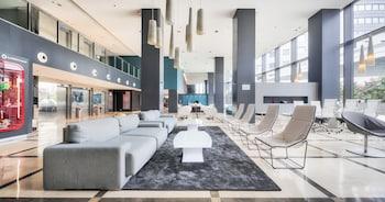 Hotel ILUNION Aqua 4