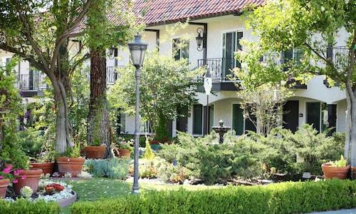See All Hotels Near Mission Viejo Laguna Hills Lodge