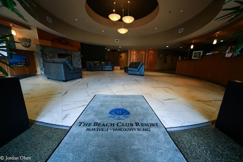 THE Beach Club Resort