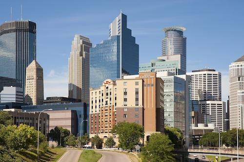 See All Hotels Near Target Field Hilton Garden Inn Minneapolis Downtown