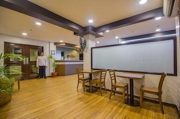 Microtel Inn by Wyndham Sto Tomas Batangas