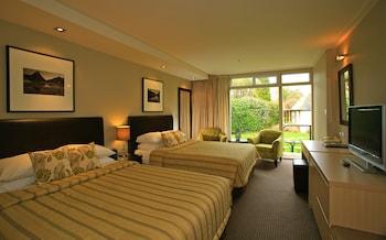 Distinction Te Anau Hotel And Villas