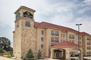 La Quinta Inn & Suites DFW Airport West-Euless