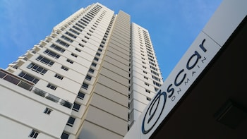 Oscar on Main Resort
