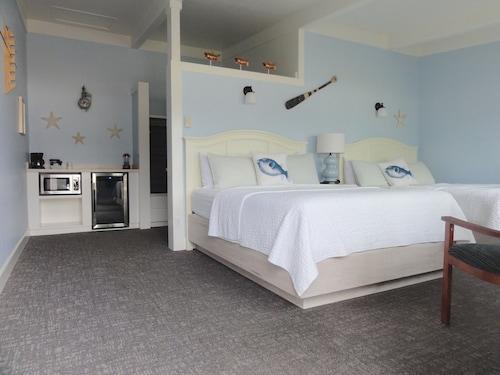 See All Hotels Near Garibaldi Harborview Inn Rv Park