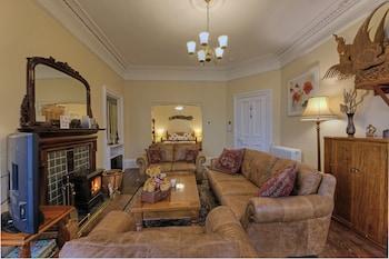 Knap Guest House