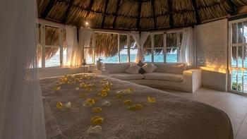 Hotel Coralina Island