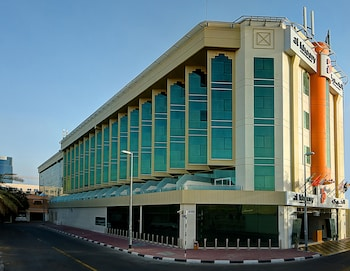 Al Khoory Executive Hotel
