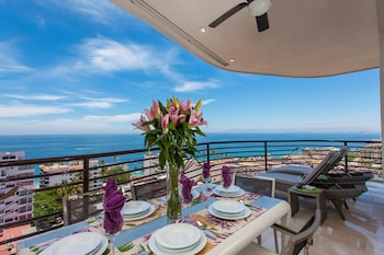 Resorts by Pinnacle 180