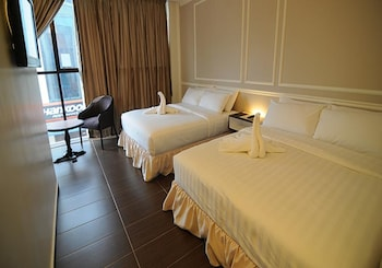 Luscious Hotel