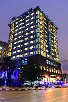 Hotel Grand United (Ahlone Branch)