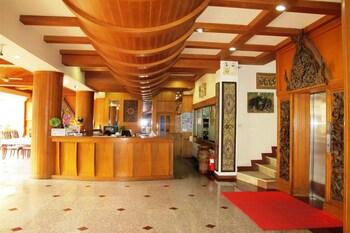 P.72 Hotel & Bar