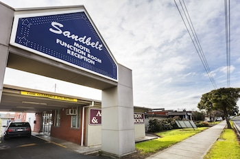 Sandbelt Club Hotel