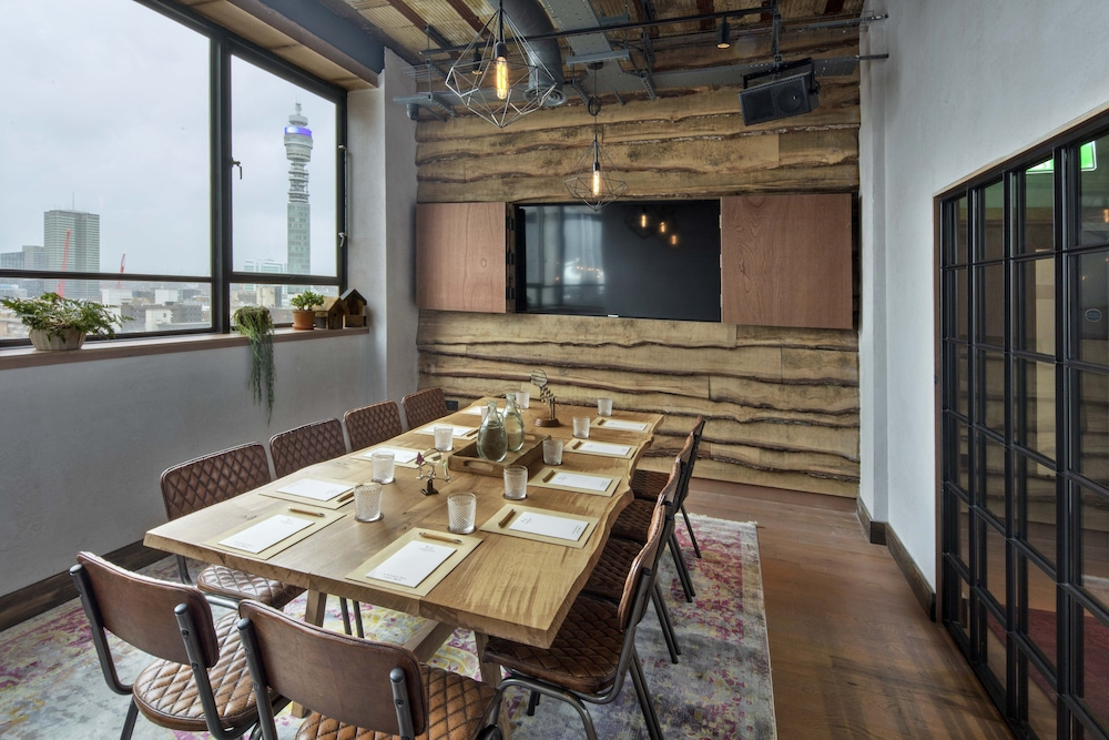 Meeting Facility, Treehouse Hotel London