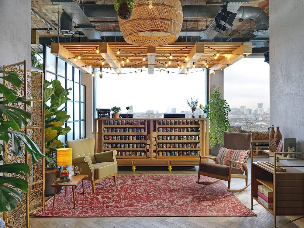 Reception, Treehouse Hotel London