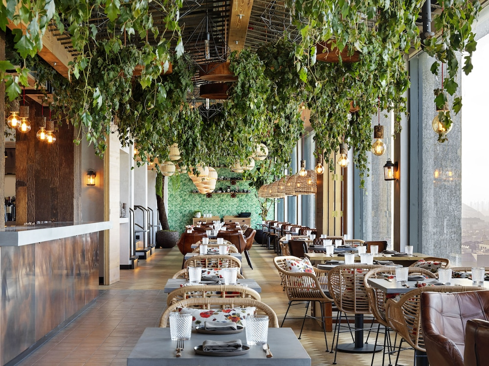 Restaurant, Treehouse Hotel London