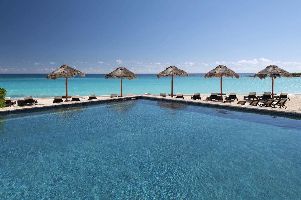 Outdoor Pool, The Westin Resort & Spa Cancun