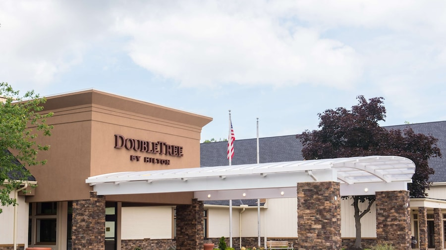 DoubleTree by Hilton Hotel Cleveland - Westlake
