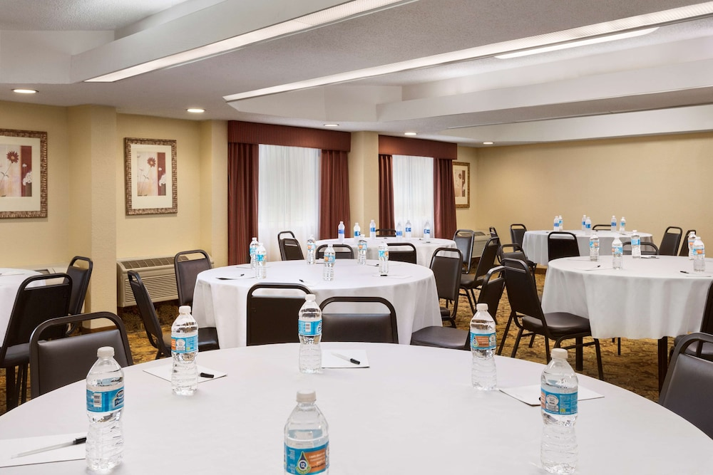 Meeting Facility, Country Inn & Suites by Radisson, Atlanta Airport South, GA