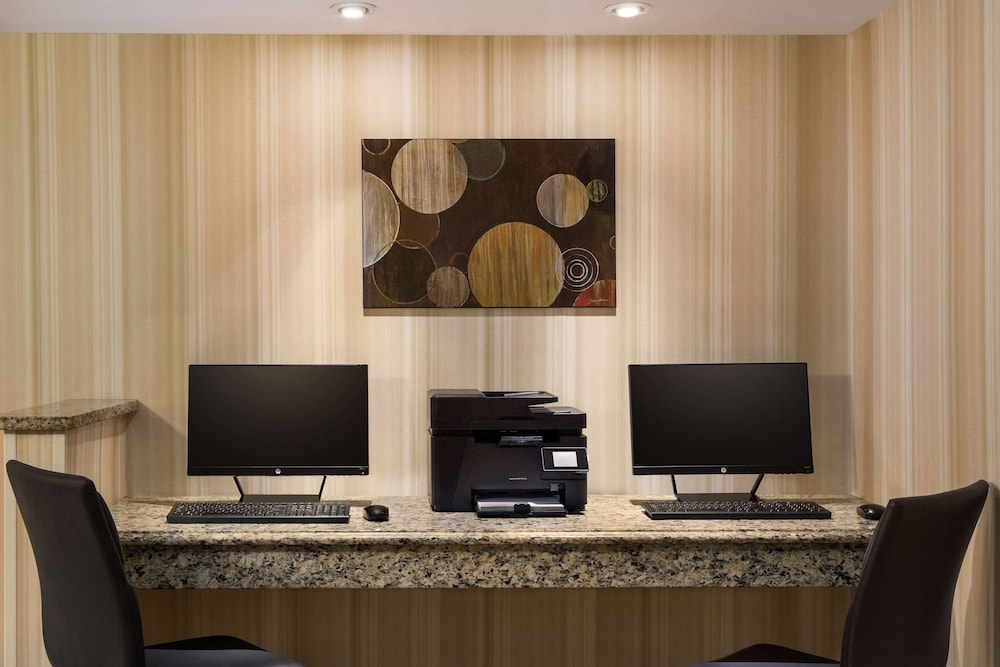 Business Center, Country Inn & Suites by Radisson, Atlanta Airport South, GA
