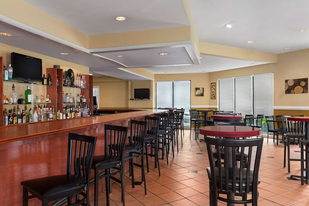Restaurant, Country Inn & Suites by Radisson, Atlanta Airport South, GA