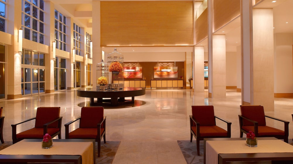 Lobby Sitting Area, Hyatt Regency Guam