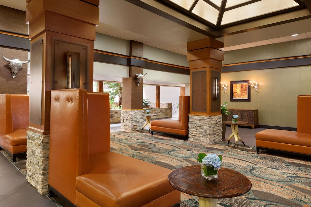 Reception, Embassy Suites Oklahoma City Will Rogers Airport