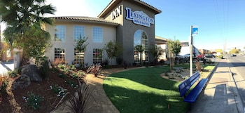 Lexington Inn & Suites - Sacramento Cal Expo
