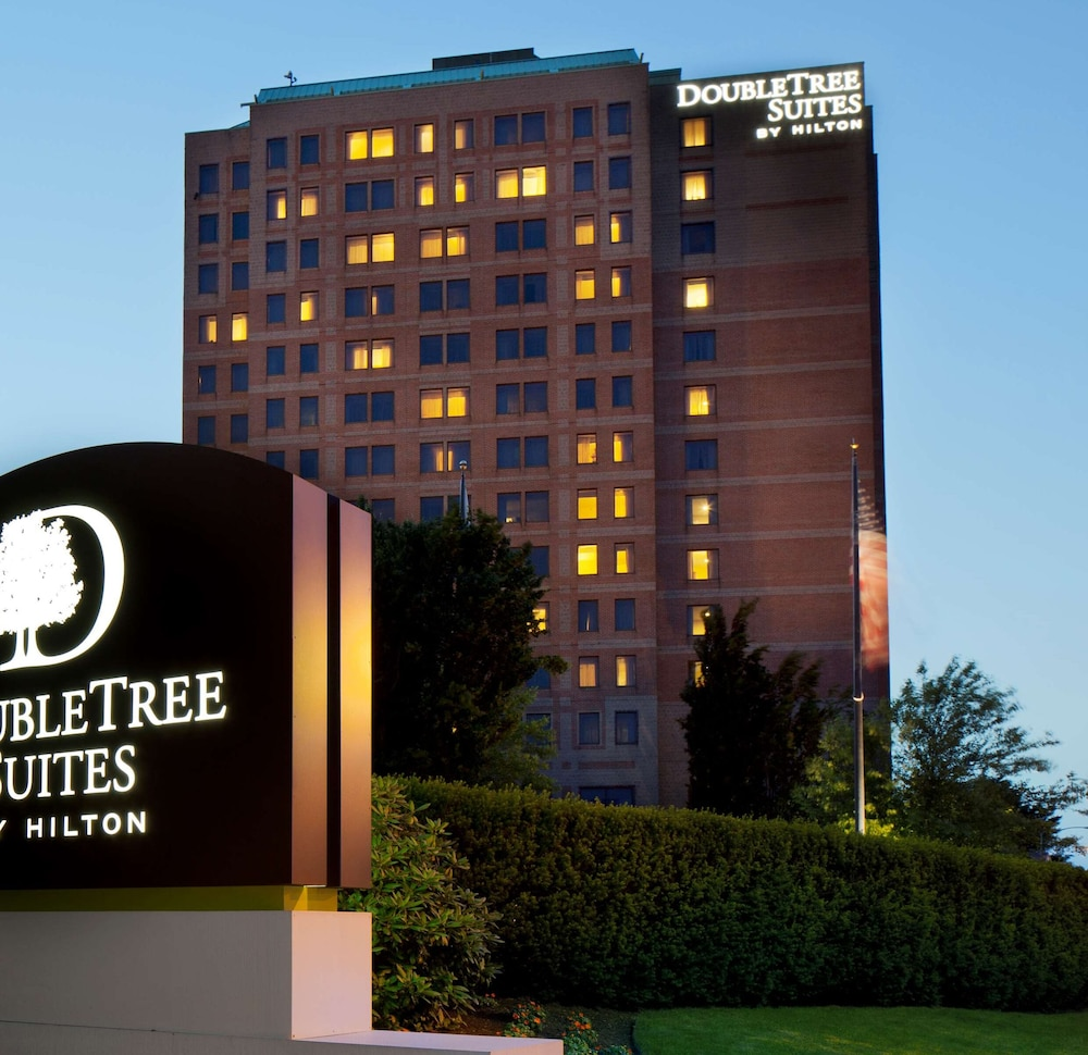 Featured Image, DoubleTree Suites by Hilton Hotel Boston - Cambridge