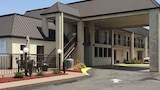 Deluxe Inn and Suites - York Hotels