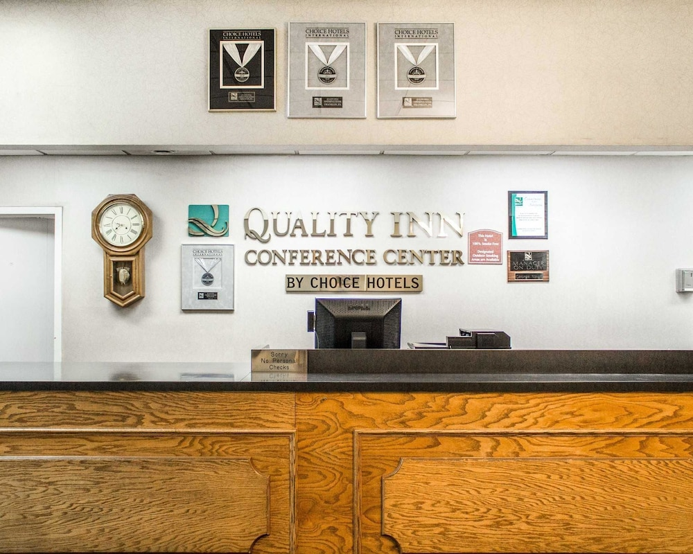 Lobby, Quality Inn & Conference Center