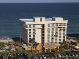 Courtyard by Marriott Hutchinson Island