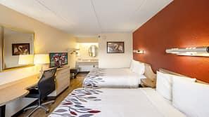 1 bedroom, desk, blackout drapes, free cribs/infant beds