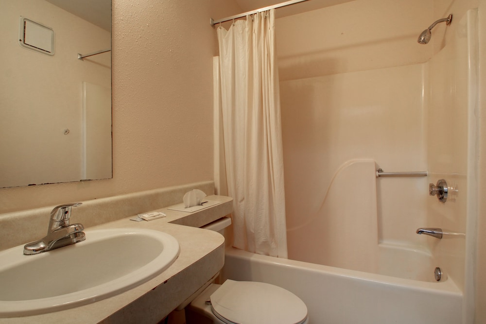 Bathroom, Key West Inn - Pensacola