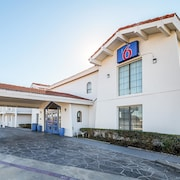 Motel 6 Grand Prairie, TX - Interstate 30