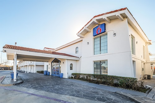 Check Expedia for Availability of Motel 6 Grand Prairie - Interstate 30
