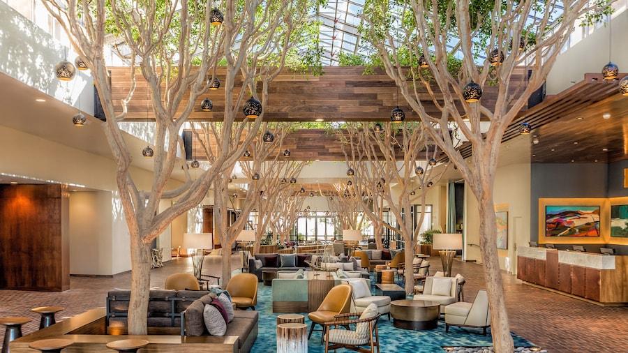 蒙特利湾波托拉温泉酒店