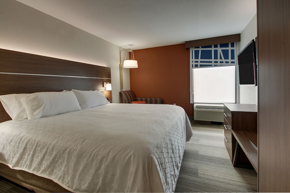Room, Holiday Inn Express Voorhees - Mt. Laurel