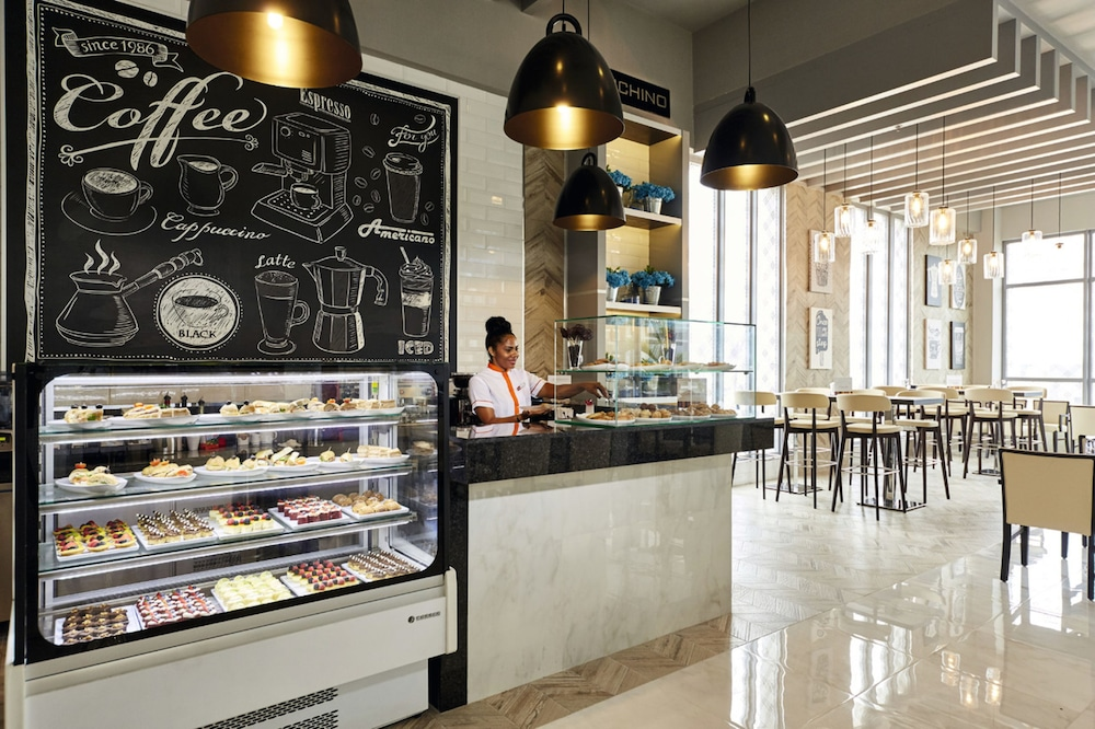 Coffee Shop, Riu Palace Paradise Island All Inclusive - Adults Only