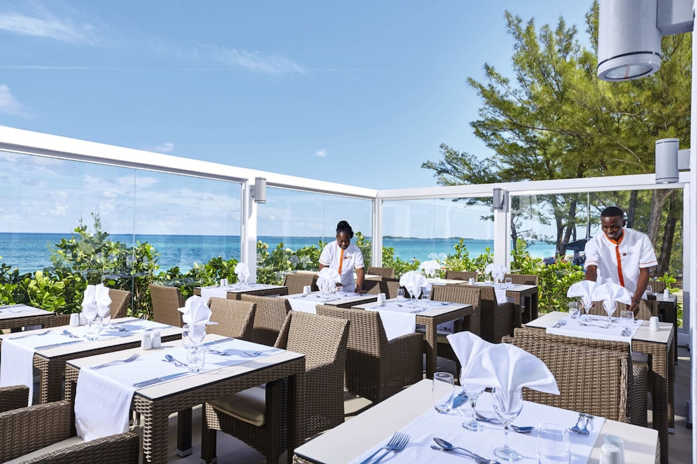 Outdoor Dining, Riu Palace Paradise Island All Inclusive - Adults Only