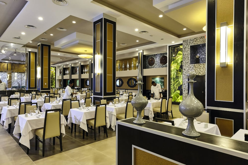 Restaurant, Riu Palace Paradise Island All Inclusive - Adults Only