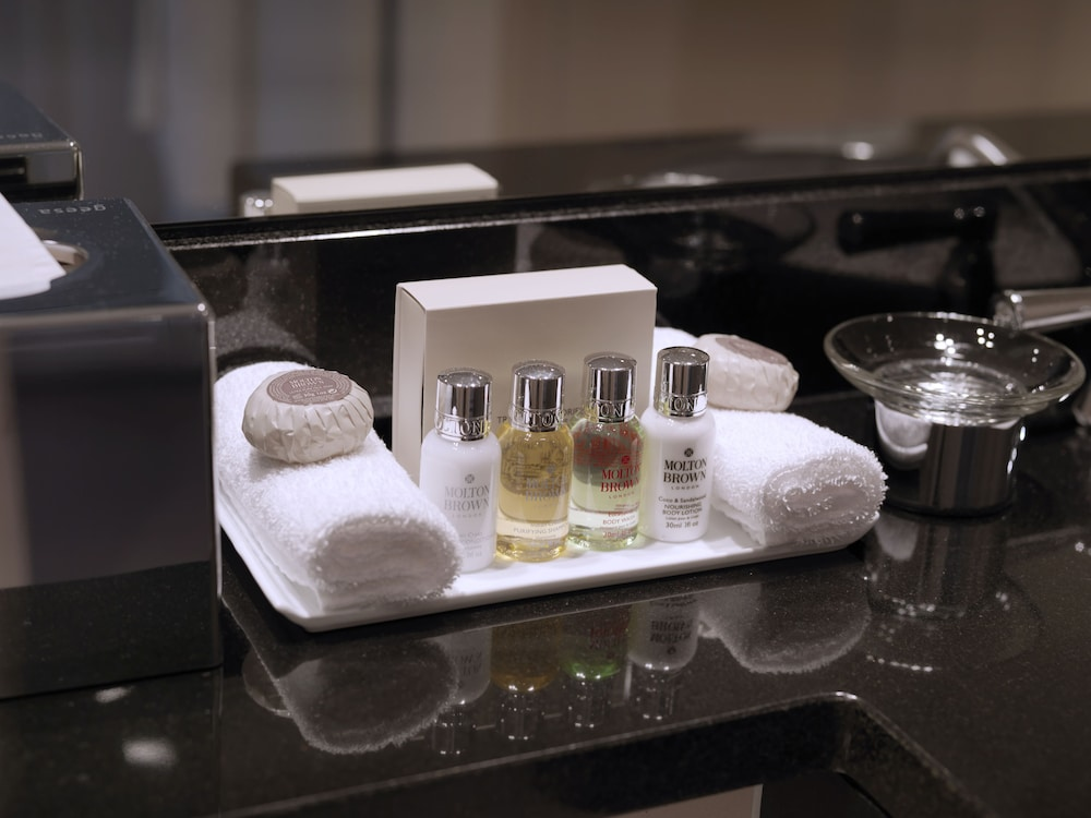 Room Amenity, Hotel Continental