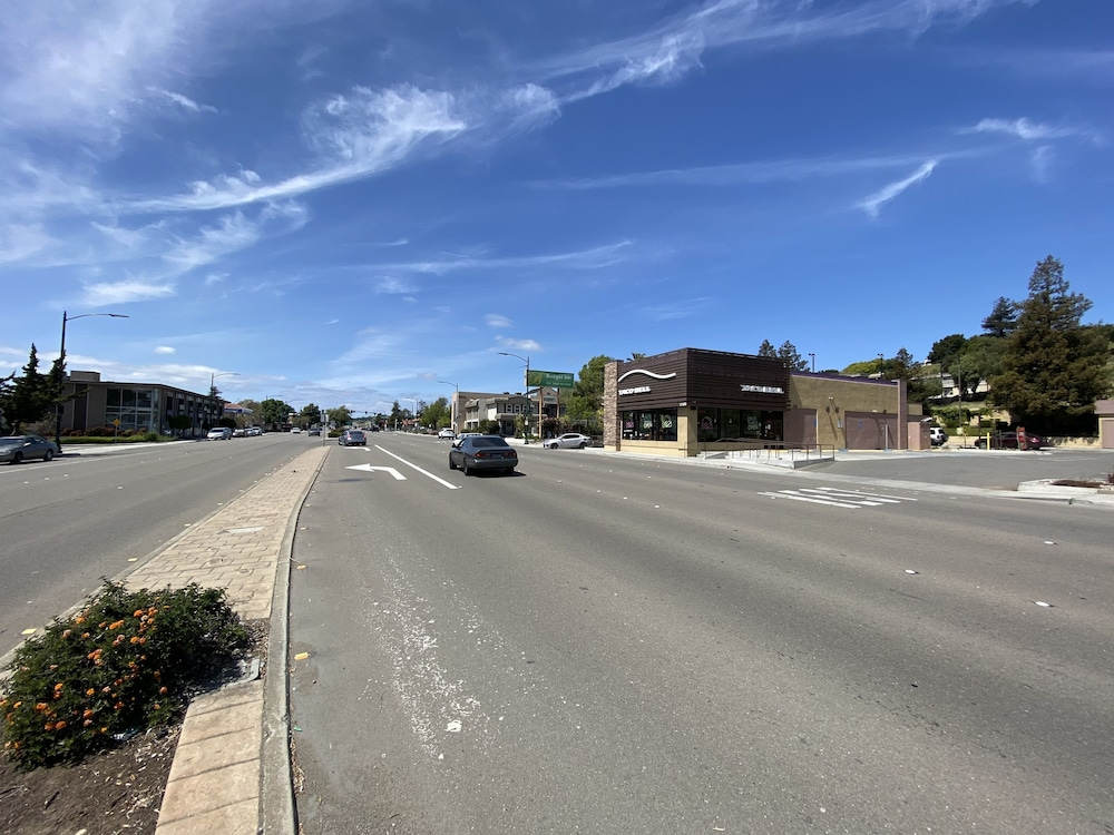 Street View, Budget Inn of Hayward